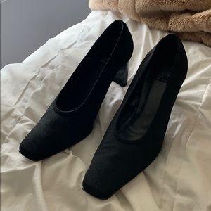 Vintage Stuart Weitzman Heels size 6.5
